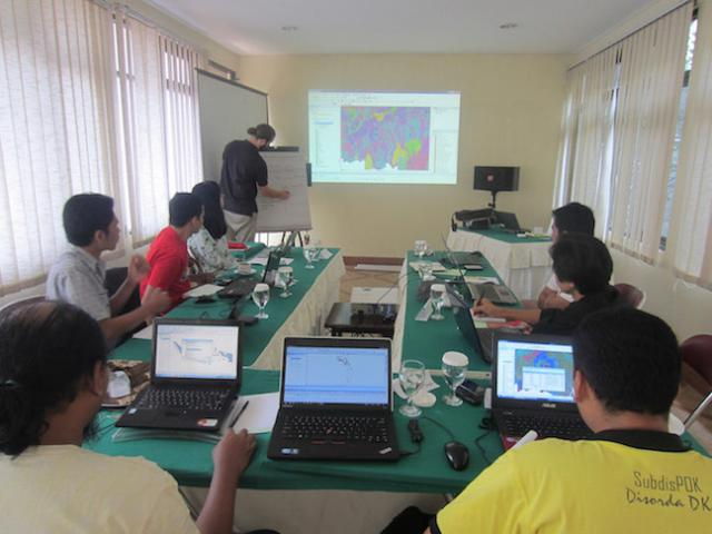 Our trainings in Indonesia revealed four clear benefits of GIS mapping. Photo Credit: WRI