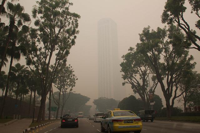 Singapore experienced record-breaking levels of air pollution in recent days. Photo credit: davidwjford/Flickr