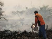 Forest and peat fires in Riau, Indonesia. Photo by Julius Lawalata/WRI